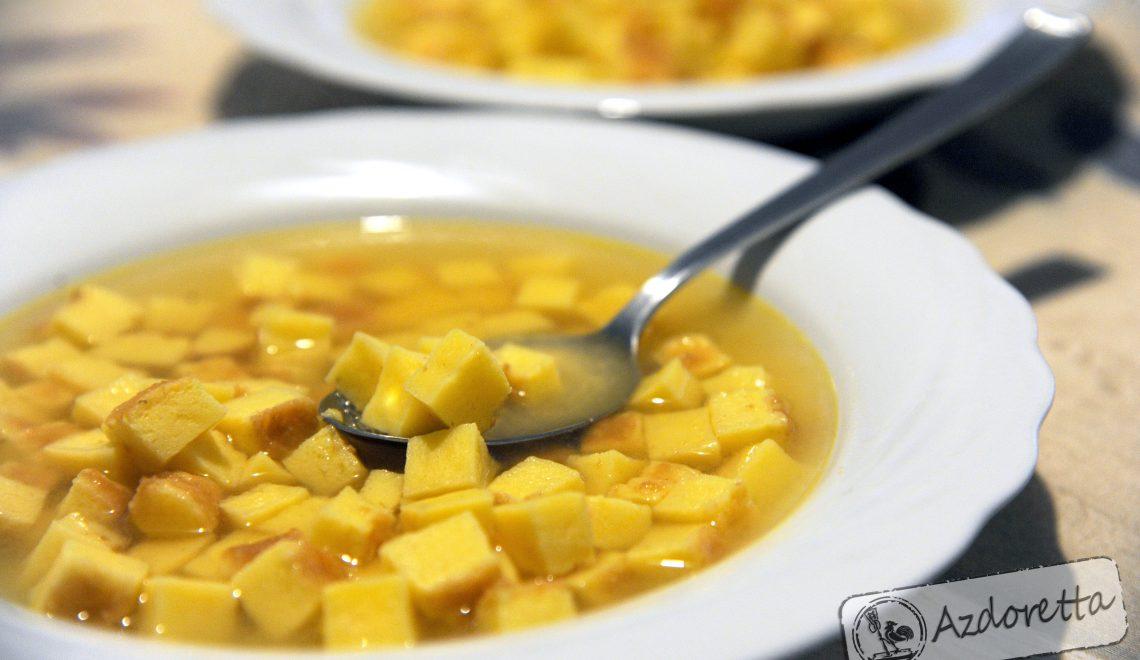 Zuppa imperiale in brodo di carne